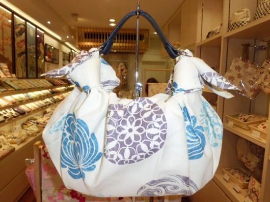 FUROSHIKIクロス 紋花×着せかえベルト ふろしきバッグ