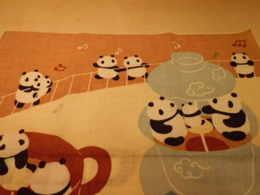 絵てぬぐい「ティーカップパンダ」