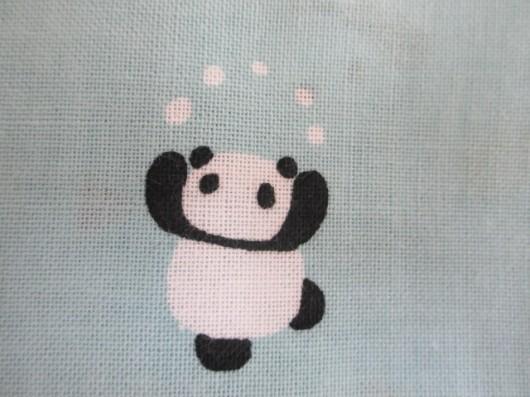 パンダの雪遊び(お手玉)